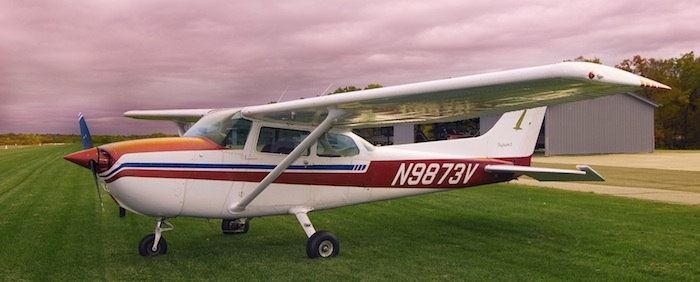 Cessna Skyhawk - 3 seater airplane charter, perfect as a pet taxi also - ® DMC Digital Media Solutions, LLC